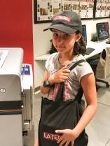 Sofia trabalhando no KidZania Santiago