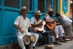 Grupo de rua em Havana Vieja