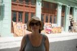 Andando no calor de Havana Vieja