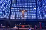 Parte interna da nova igreja de Kaiser-Wihelm