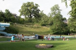 Piscina em Muri - Berna