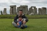 Milton e Caio em em Stonehenge