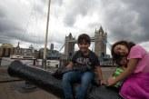 Caio e Sofia na London Tower