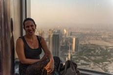 Lu no alto do Burj Khalifa