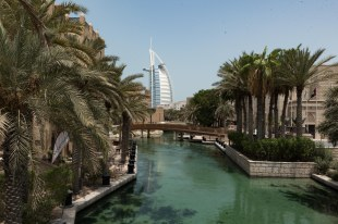 Jumeirah com o hotel Burk Al Arab