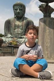 Caio meditando