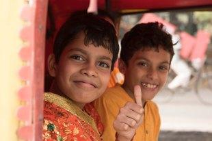 Crianças em Old Delhi
