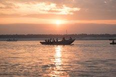 Amanhecendo no Ganges - Varanasi