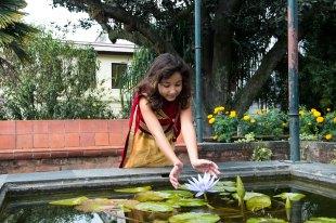 Sofia de indiana no Garden of Dreams