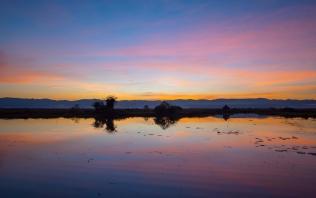 Pôr do Sol no Lago Inle